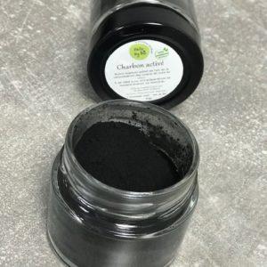 charbon végétal activé en poudre