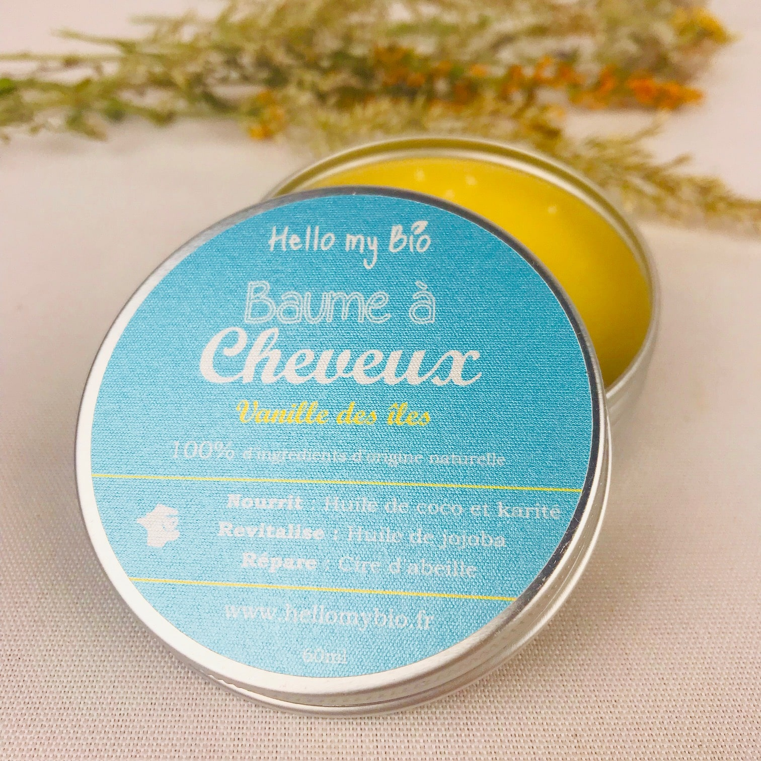 "<img src=""baume-a-cheveux.jpg"" alt=""baume à cheveux""/>"